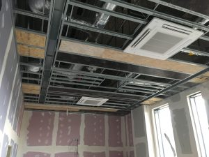 Drywallmachines-uk-SUSPENDED-CEILINGS-Duet-Salford-Quays-Apartments (1)
