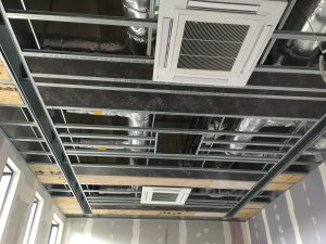 Drywallmachines-uk-SUSPENDED-CEILINGS-Duet-Salford-Quays-Apartments (2)