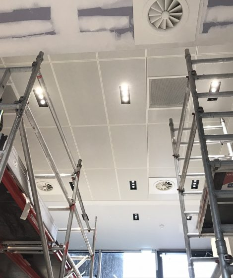 Drywallmachines-uk-SUSPENDED-CEILINGS-Duet-Salford-Quays-Apartments (6)
